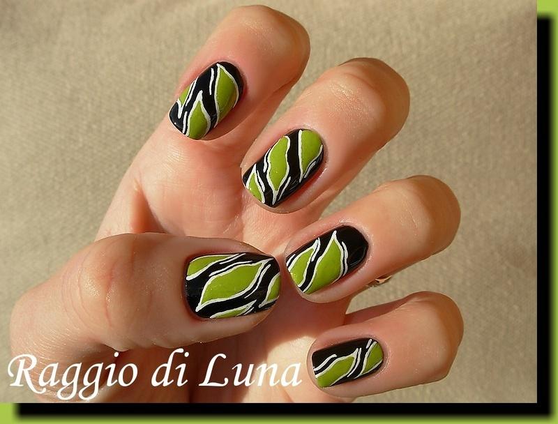Leaves in the dark nail art by Tanja