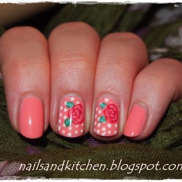 Roses nail art by Eliza