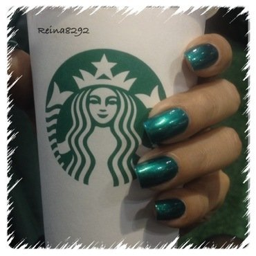Simple Green Mani by Reina