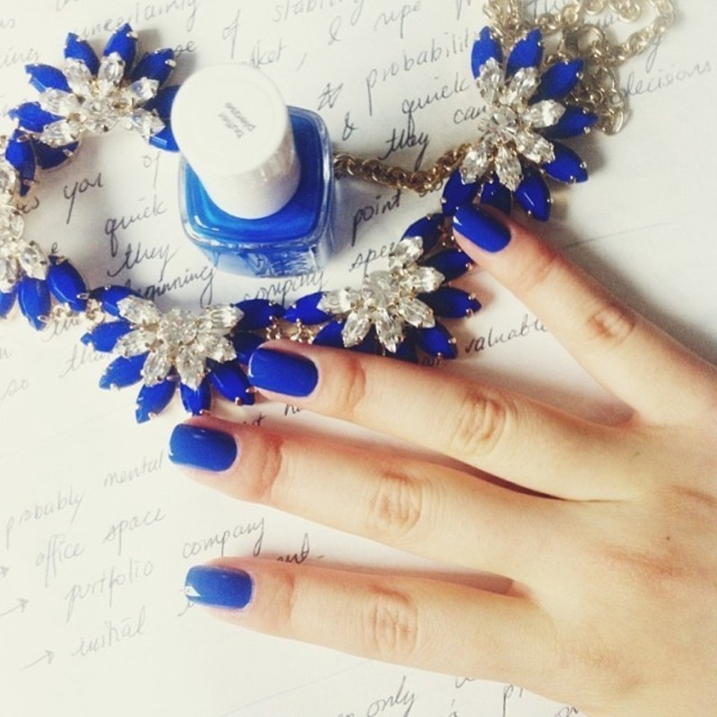 Winter Blues nail art by Michelle