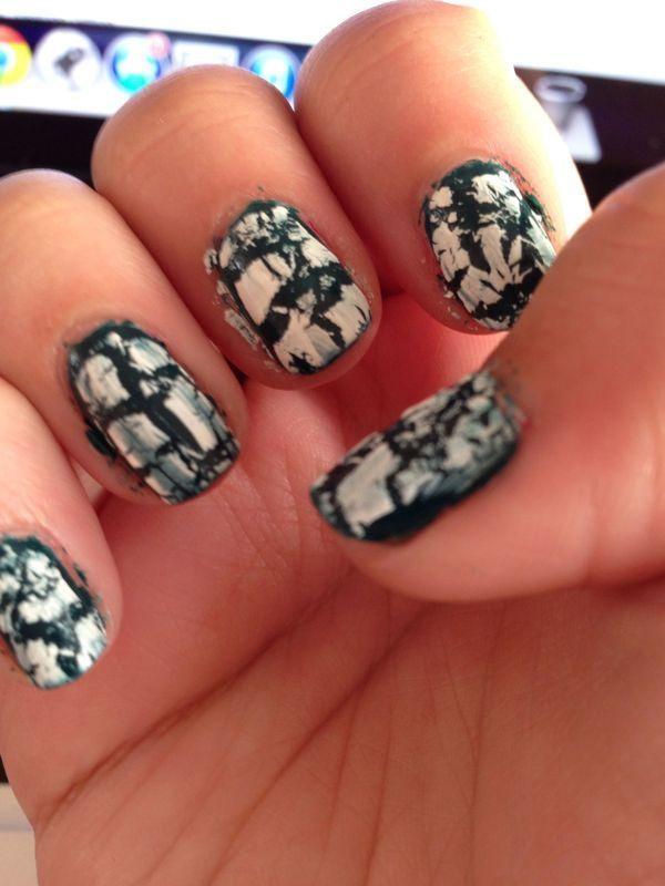 Simple Crackle nail art by Rachel
