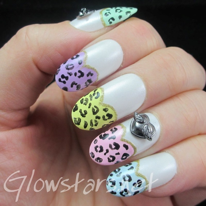 Featuring Born Pretty Store Winged Hearts nail art by Vic 'Glowstars' Pires