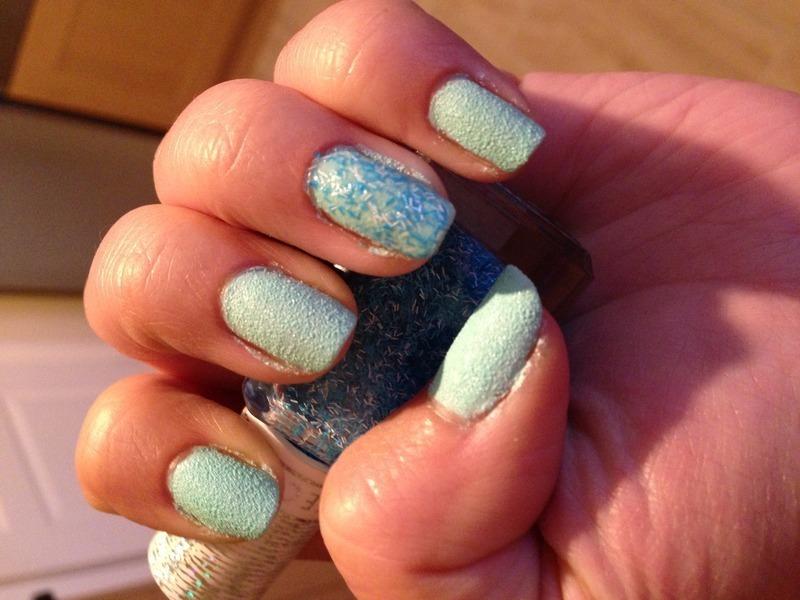 Baby Blue Texture nail art by Rachel