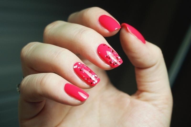 Glitters Love nail art by Alicja