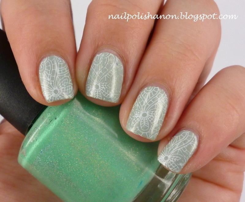 Minty Emily de Molly Stamp nail art by NailPolishAnon