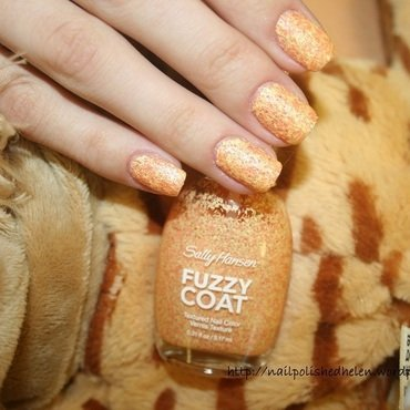 Sally hansen    300 peach fuzz  1  thumb370f