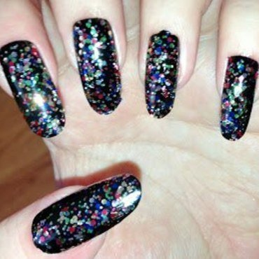 Party nails nail art by Tara Clapperton
