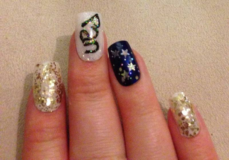 Other hand of Peter Pan nails nail art by Tara Clapperton