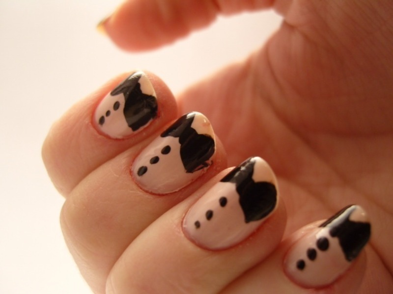 Bow-Tie Mani nail art by Carolyn