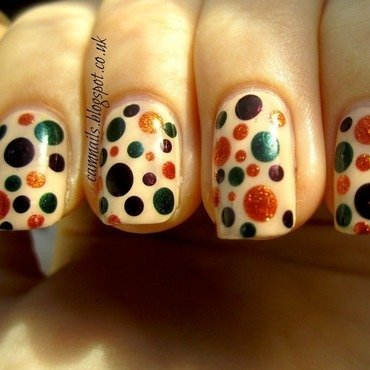Autumn dots1 thumb370f
