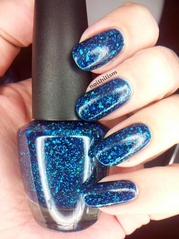 Star Kin - Mariana nail art by Harriet Lockett