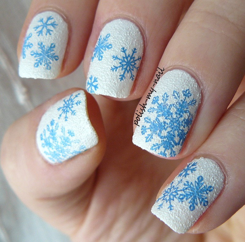 Winter nail art by Ewlyn