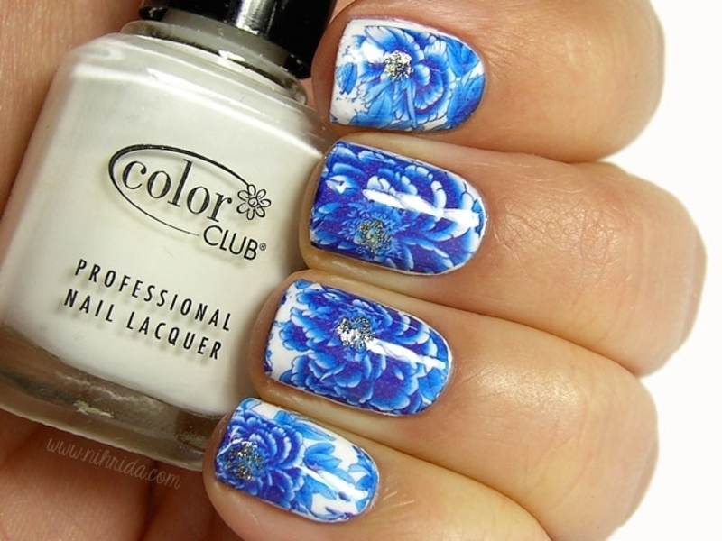 Blue China Nails nail art by nihrida - Nailpolis: Museum of Nail Art