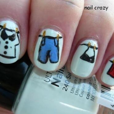 laundry day nail art by Žana