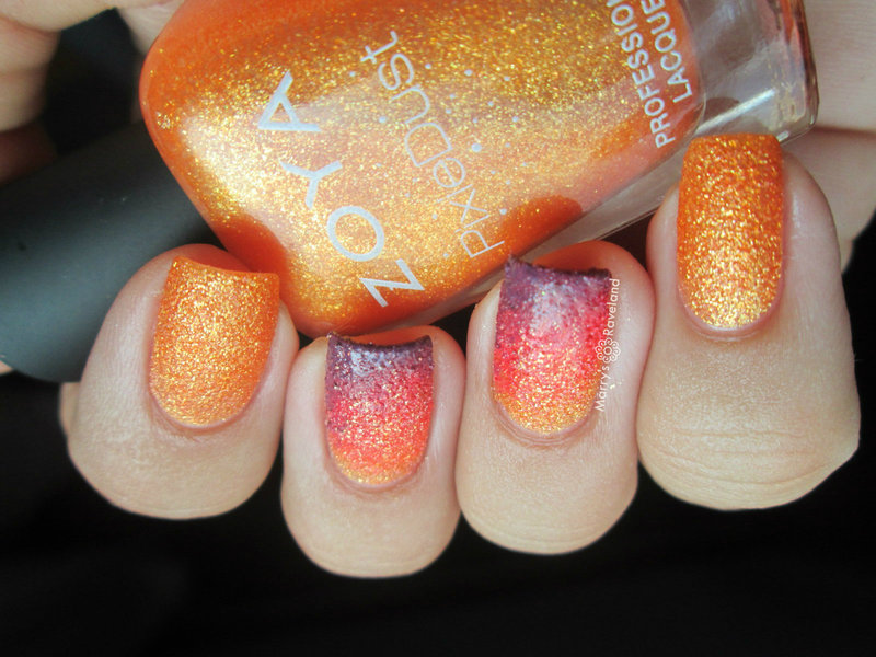 Textured gradient nail art by Marina