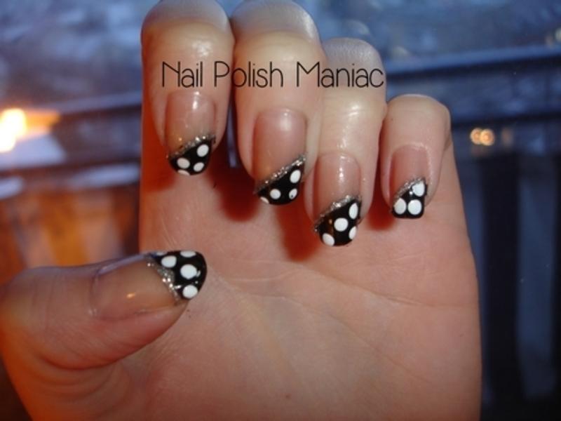 Polka Dots nail art by Tímea Medgyesi