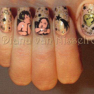 Angels nail art by Diana van Nisselroy