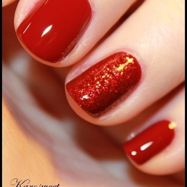 Classy red nail art by Karosweet