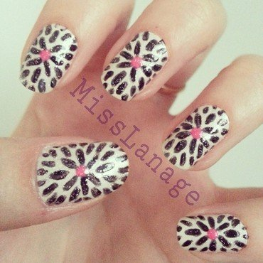 Freehand Bloom Print nail art by Rebecca