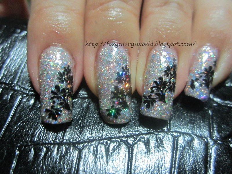Glitzy Glam Nails  nail art by Silje  Bannister