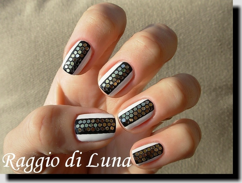 Black&white manicure with hexagonal glequins nail art by Tanja