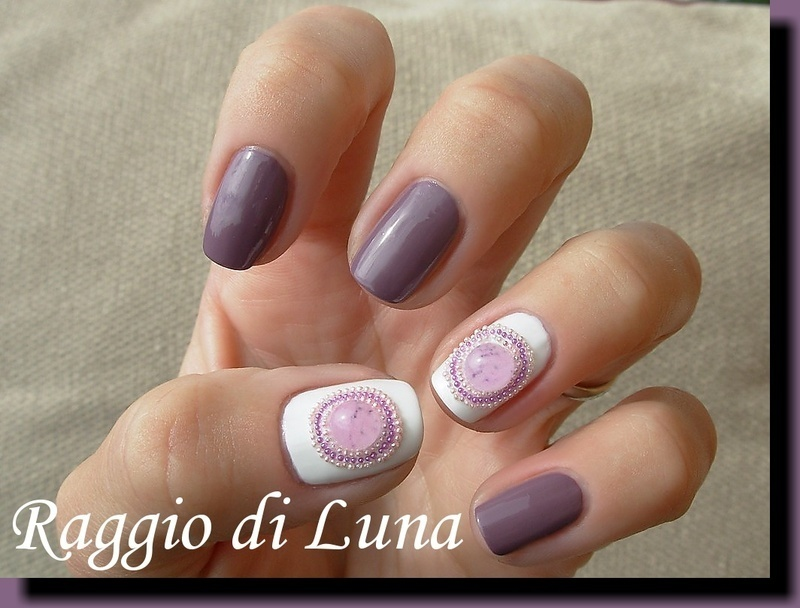 Light purple pearl with beads nail art by Tanja
