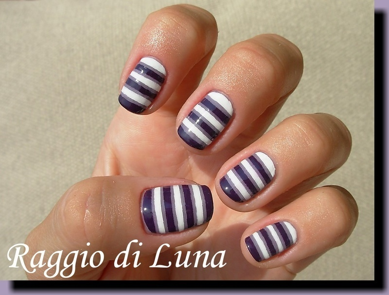 White and purple horizontal stripes nail art by Tanja