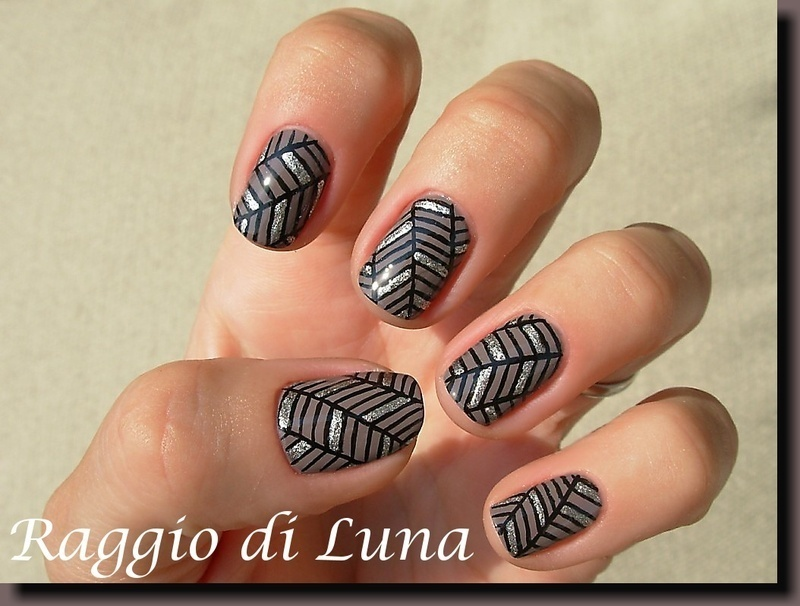 Geometric manicure - Lines brown & black & platinum nail art by Tanja