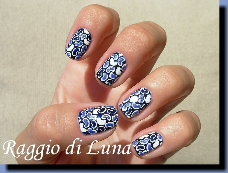 Magic textured beans nail art by Tanja