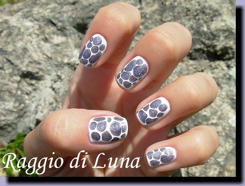 Purple drops on white nail art by Tanja