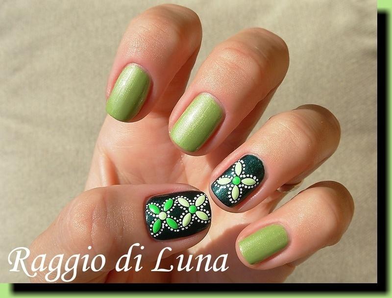 Leaf shape green neon nail art studs manicure nail art by Tanja
