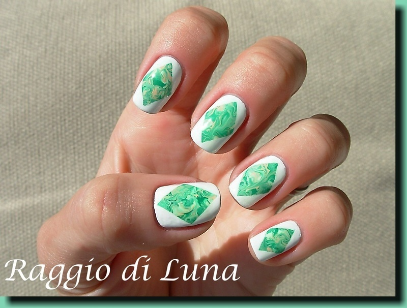 Acrylic colours marble rhombus nail art by Tanja