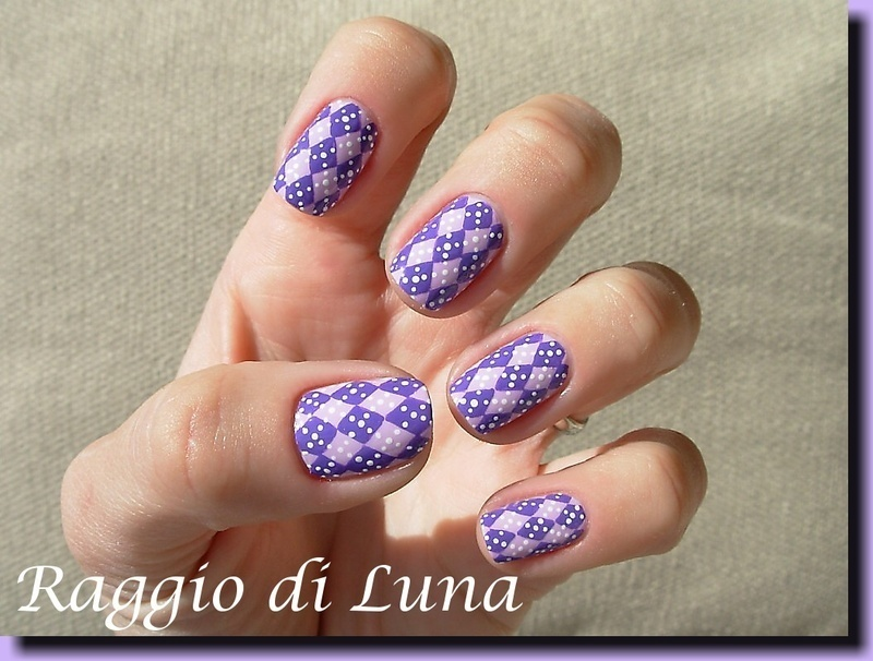 Lavender & purple plaid desing nail art by Tanja