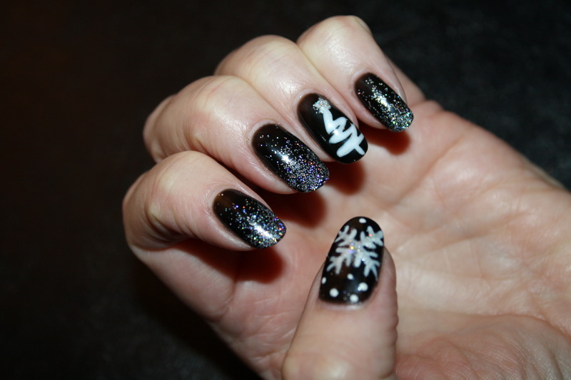 Winter Wonderland Manicure  nail art by Laurelle Alexandra