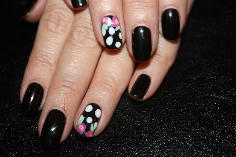 Betsy Johnson Inspired Manicure  nail art by Laurelle Alexandra