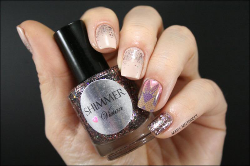 Beige, Vivian et le patch nail art by Mary Monkett