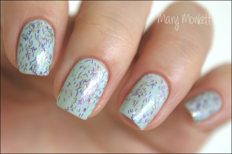 Light Mist Savina nail art by Mary Monkett
