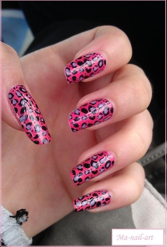 Leopard, always leopard nail art by Maeva Lukec