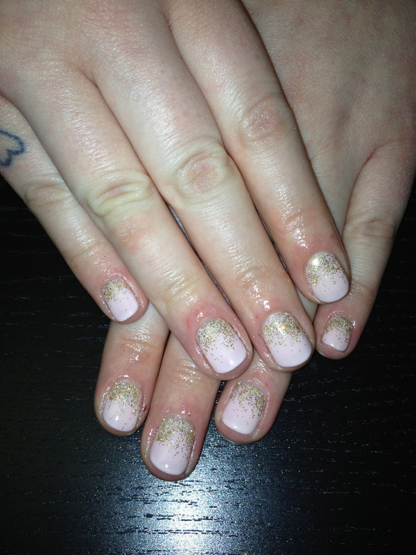 All That Glitter Is Not Gold nail art by Laurelle Alexandra