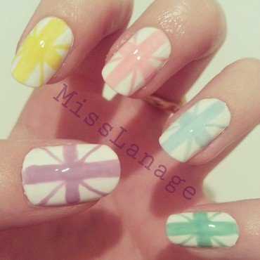 Pastel Union Jack nail art by Rebecca