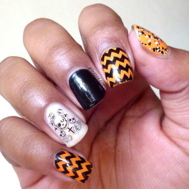 happy Halloween!  nail art by Pinezoe