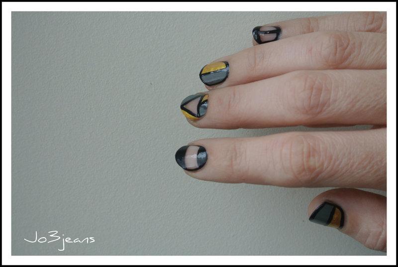 Mix et match tout en transparence nail art by Jo3jeans