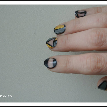 Mix et match tout en transparence nail art by Jo3jeans
