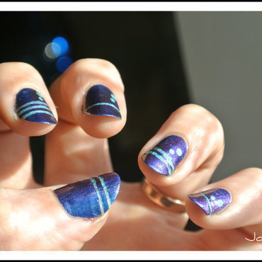 stripping navy nail art by Jo3jeans