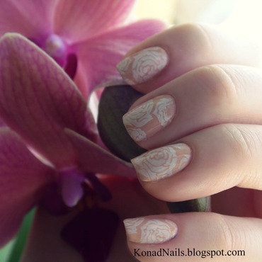 Nude roses nail art by KonadAddict