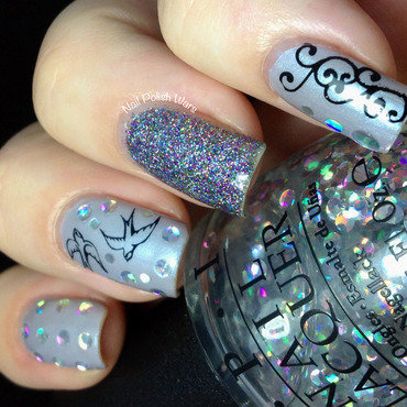 Downplayed Dazzle nail art by Nail Polish Wars