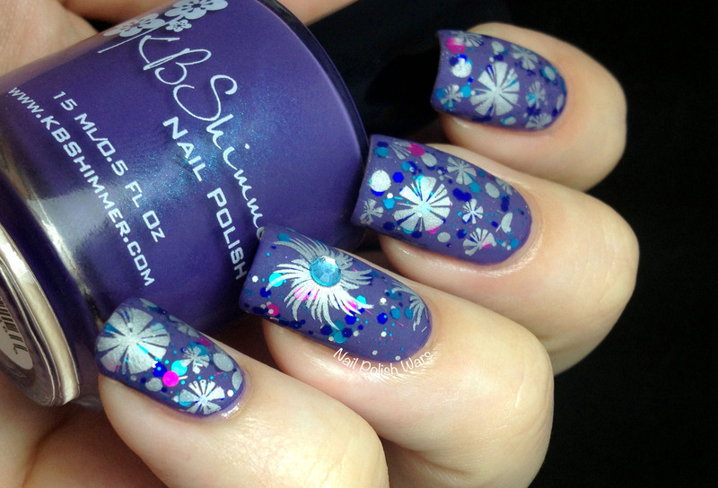Spirographics nail art by Nail Polish Wars