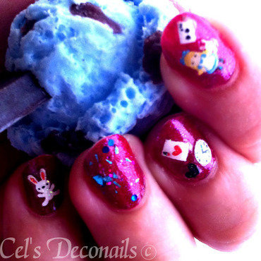 Alice in wonderland nails 02  thumb370f
