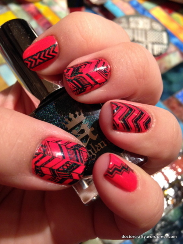 Chevron Skittlette nail art by Nicole
