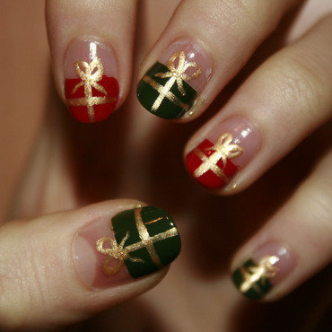Christmas presents nail art by NerdyFleurty